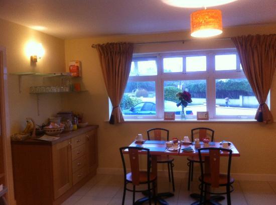 Breakfast room at Laragh House