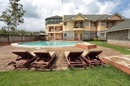 Longview Suites: Pool