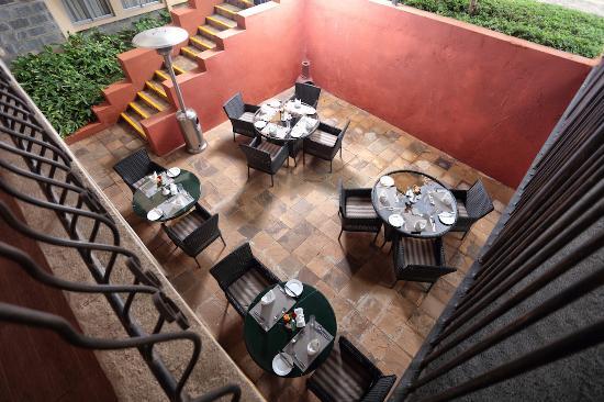 Longview Suites: Cafe