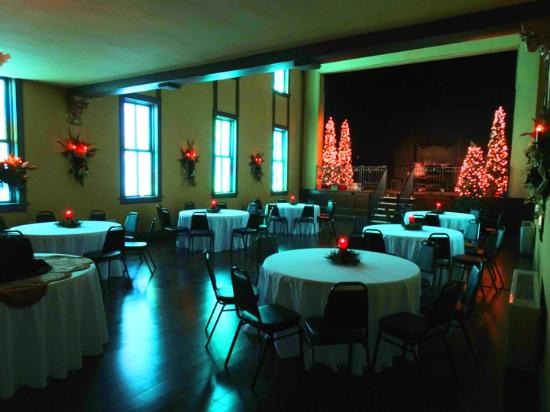 Marble Hill, MO: Christmas Party in the Chapel