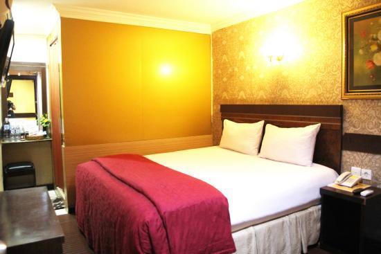 Hotel Menara Lexus: Room