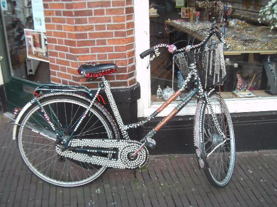 Hotel Coen Delft : geschmücktes Fahrrad