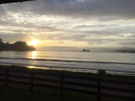 Sunrise -Oakura Bay