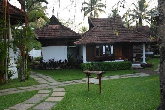Best Back Water resorts at Kerala, Kumarkaom Lake resort