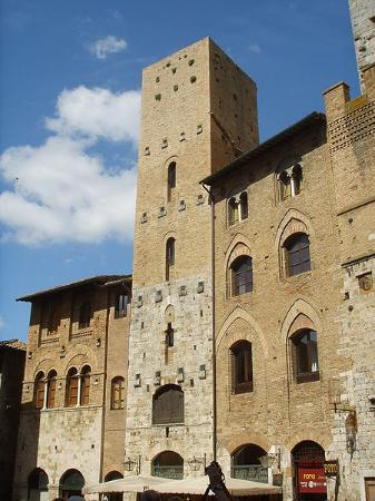 Torre Chigi