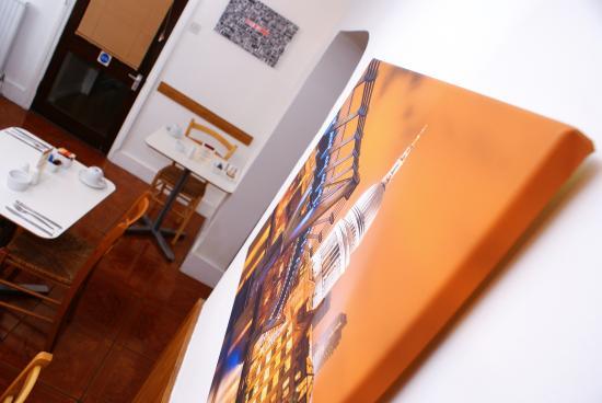 Hindes Hotel: breakfast room