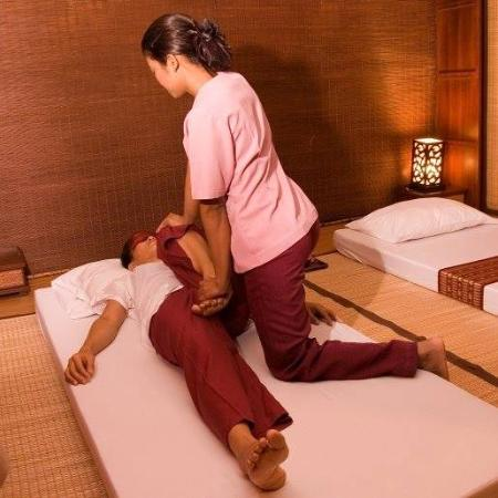 Thai Full Moon Massage