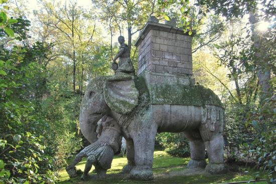 Resultado de imagen de bomarzo parco dei mostri