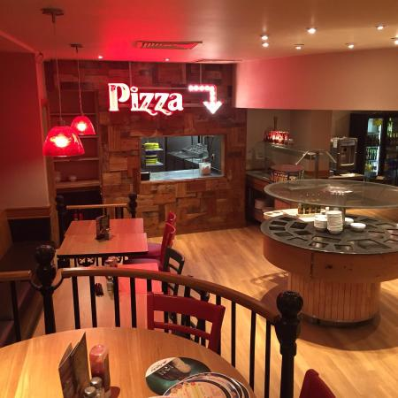Pizza Hut Cardiff 3 Queen St Restaurant Reviews