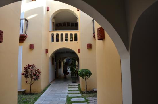Hotel Casa Conzatti : internal corridor to rooms