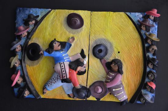 Hotel Casa Conzatti : artwork decorates the walls
