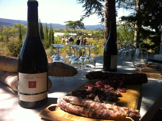 Saint-Couat-d'Aude, Frankrike: Déjeuner dans lles Vignes au Peyra