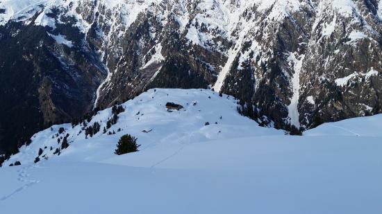 Lourtier, Suiza: La cabane, vue d'un peu plus haut