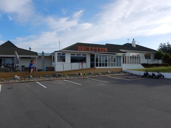 Tahuna Beach Kiwi Holiday Park and Motel Photo