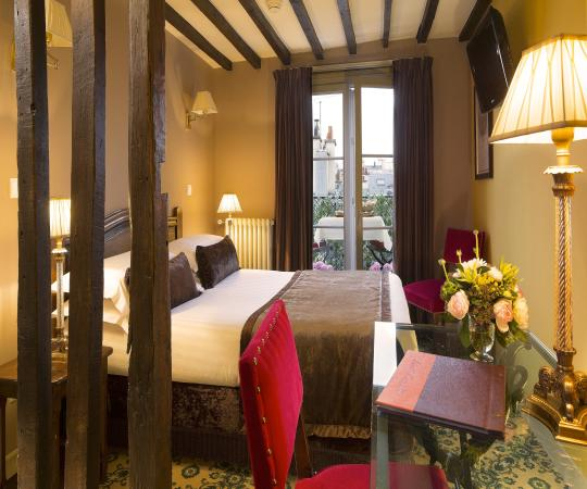 Hotel Des Deux Continents Reviews