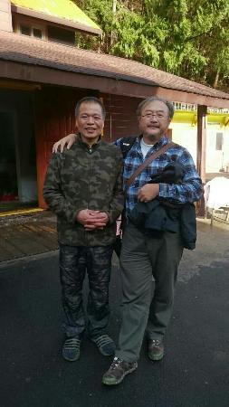 Lala Shan 5.5K Farm Stay: 民宿熱情的老闆