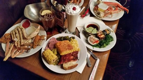 Chef's Stage Buffet: 20160228_194054_large.jpg
