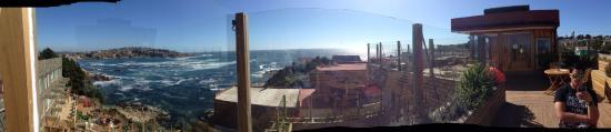 Panorámica del spa y de la hermos bahía de Quintero, desde la terraza en lo mas alto del spa