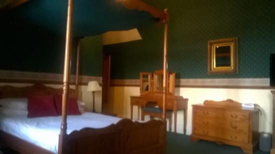 Ballachulish Hotel Photo