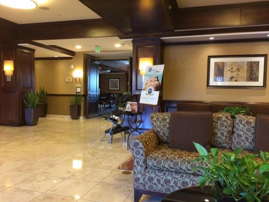Ayres Hotel Spa Moreno Valley