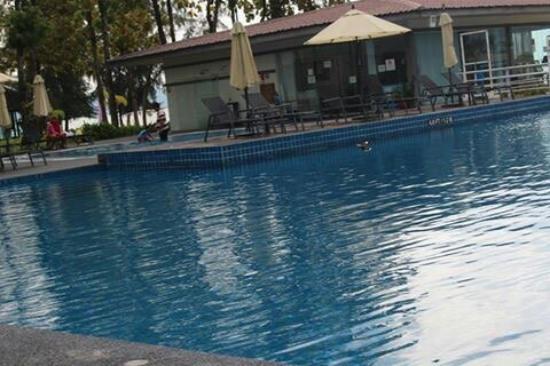 โฟร์พอยส์ บาย เชอราตันลังกาวี: Century Langkasuka Resort