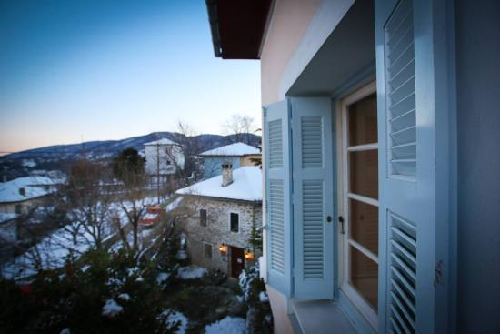 Archontiko Stamou: Looking outside the window...