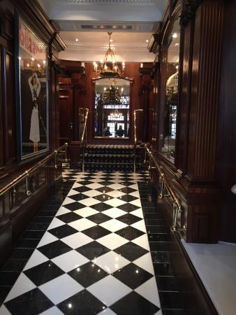 lobby picture of hotel 41 london tripadvisor. Black Bedroom Furniture Sets. Home Design Ideas