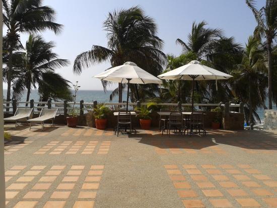 El Yaque Paradise Hotel: vista desde el lobby a la playa