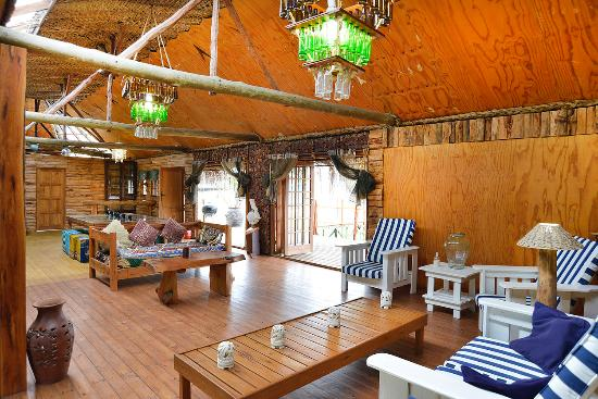 Barra Beach: Lounge at Barefoot in Barra