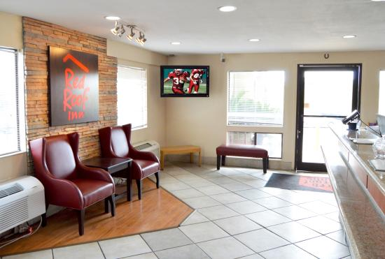 Red Roof Inn San Antonio - Lackland: Lobby