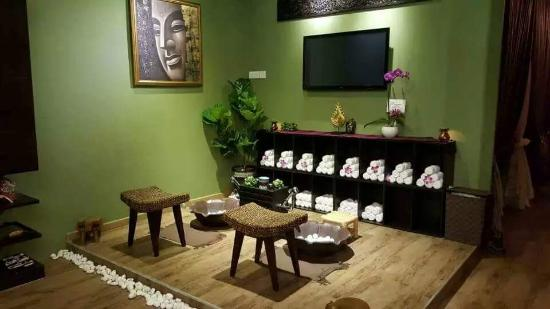 Imperial Thai Massage Center