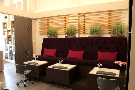 Guaynabo, Puerto Rico: Pedicure Stations