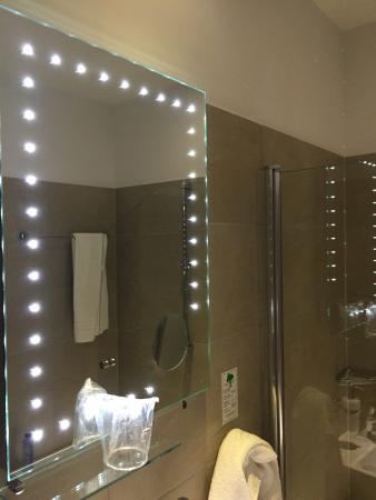 BO Hotel Hamburg: Badezimmer