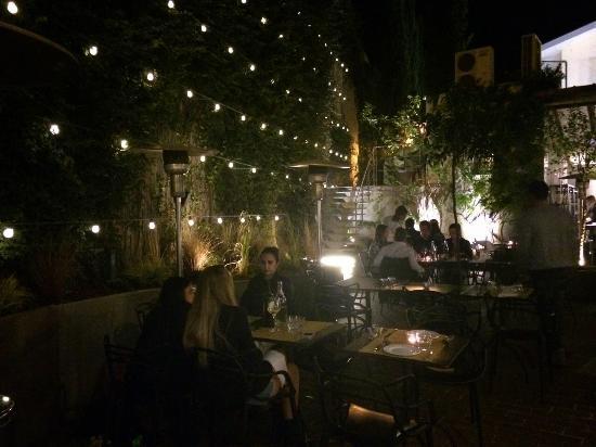 Il giardino terrazzato - Foto di Cassamortaro Café, Roma ...