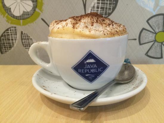 D'lush Cafe: Cappuccino