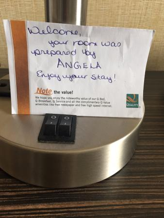 Quality Hotel: a nice, handwritten note.
