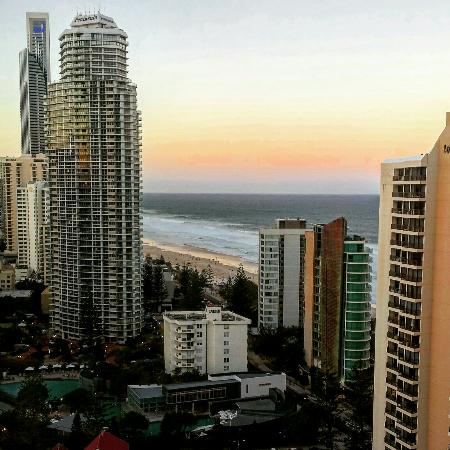 Surfers Century Apartments: Lovely Ocean views...