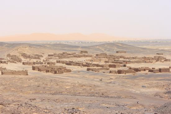 Dar el Khamlia: Merzouga Desert town www.matthewlees.com