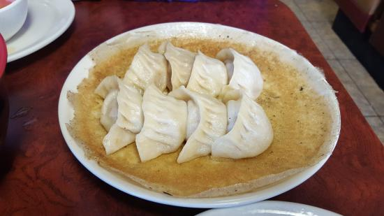 Steamed Pot Stickers - Picture of Chou