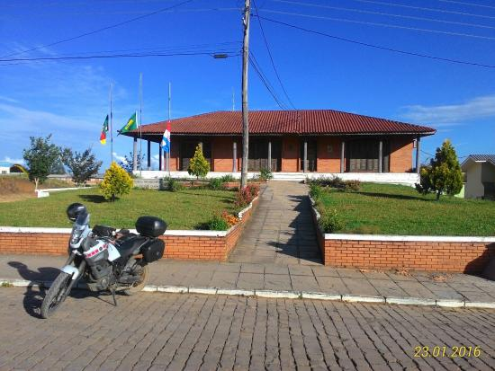 Monte Alegre dos Campos, RS: Prefeitura Municipal