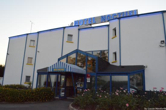 Entrada do Hotel Noctuel
