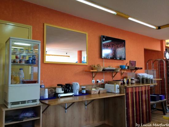Buffet do café da manhã do Hotel Noctuel
