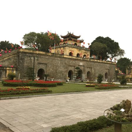 imperial palace seen from the gardens picture of imperial citadel rh tripadvisor com