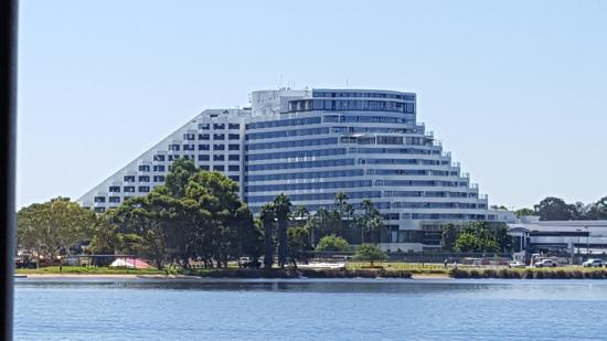 Hotels Near Crown Casino Perth