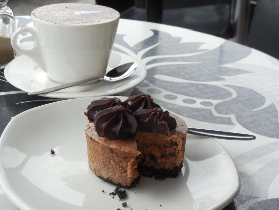 Schwabs Galley: Zero calorie (?) Toblerone cheesecake