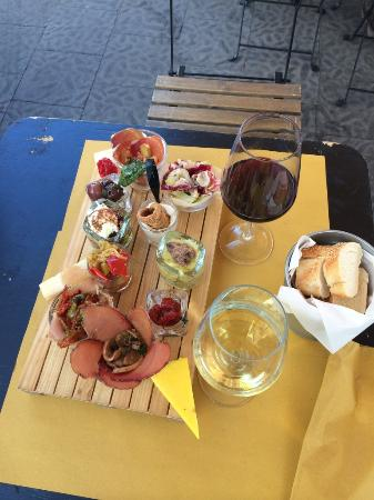 Taormina Activities -  Siracusa StreetFood & Market Tour