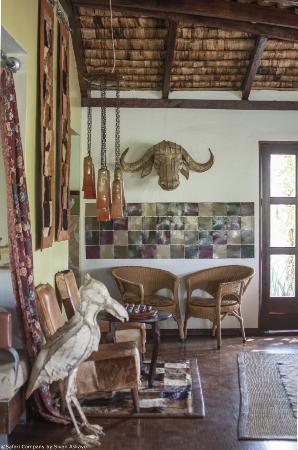 Hatari Lodge: Lounge of Hatari Lodge