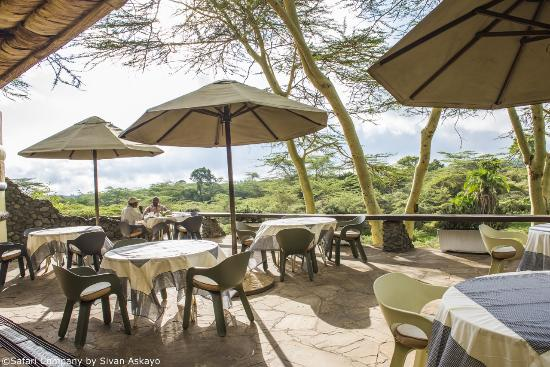 Hatari Lodge: verandah with viewings on Kilimanjaro