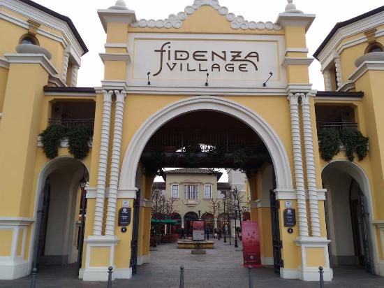 Fidenza Village Outlet - Picture of Fidenza Village 0baff7bcd0f