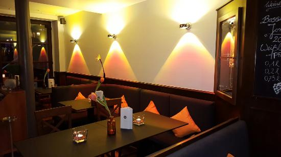 Einrichtung Unten Bild Von So Restaurant Cafe Bar Weinheim